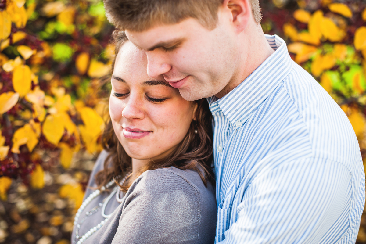Grand_Rapids_Michigan_Wedding_Photographer_Autumn_Fall_Engagement_Photography_Sean_and_Rachel-8